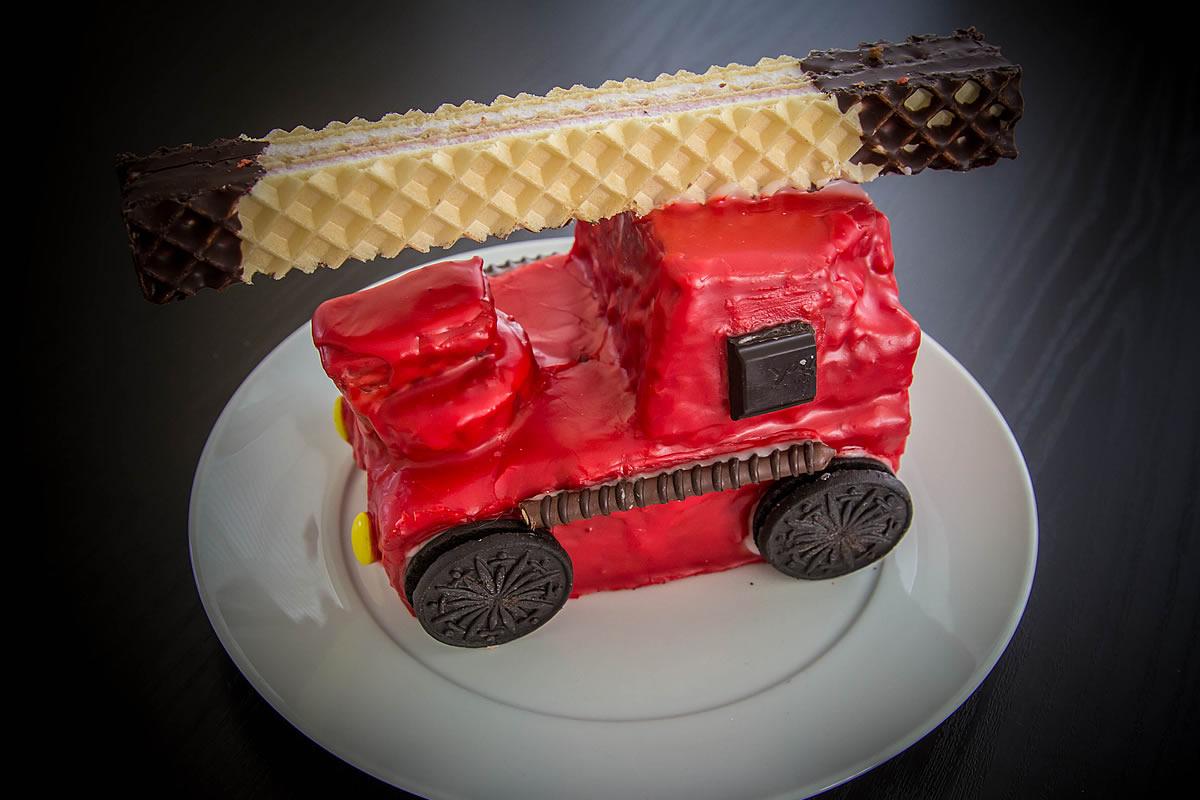 Feuerwehrauto Als Kuchen Backliebe Com