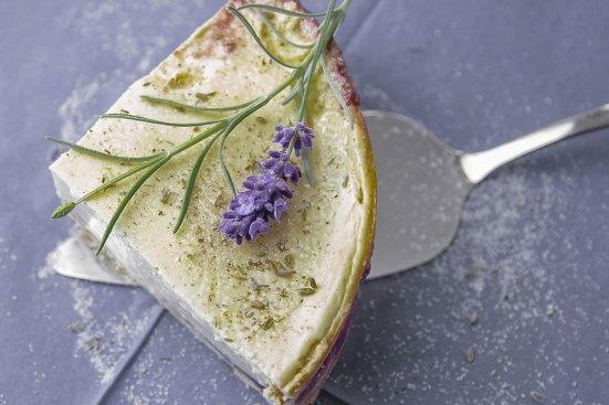 Vanillekäsekuchen mit Himbeer-Lavendelmarmelade
